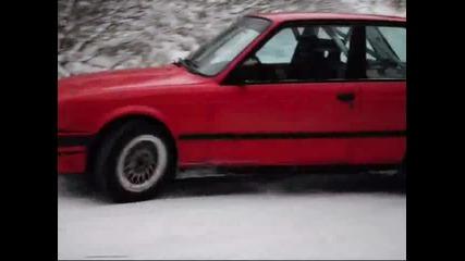 Какво може едно Бмв Е30 в снега