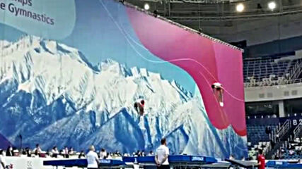 Българи на финал на европейското по батут