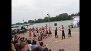 На хорото под тепето - Първи национален фестивал за български народни хора - Пловдив