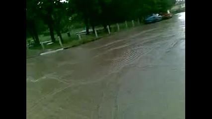 Проливен дъжд в с. Салманово 1