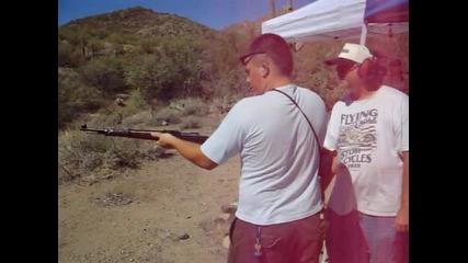 Стрелба с пушка Маузер от 1943 г.