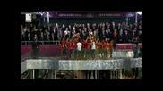 Вижте как Испания вдига трофея !