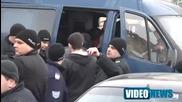 Арестуваха Петното и компания пред Парламента