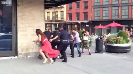 Най-ненормалното арестуване на жена