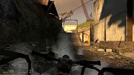 Човек викащ като жена играe Half-Life 2 (part2)