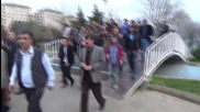 Turkey: Tear gas and water cannon used against pro-Kurdish activists in Diyarbakir