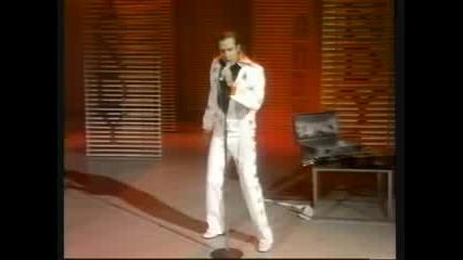 Andy Kaufman becomes Elvis (1977)