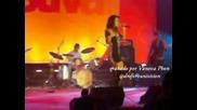 Dulce Maria canta Luna en festival de People en Espanol