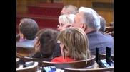 Депутатите осъдиха изказването на Ахмед Доган, ДПС демонстративно напуснаха залата