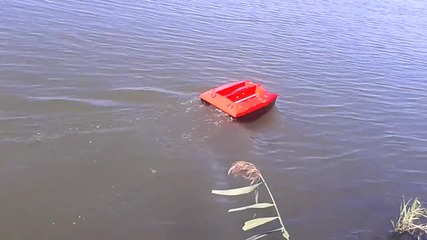 лодка за захранка 3