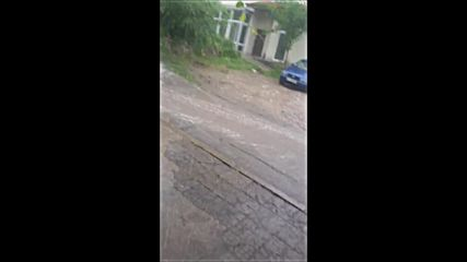 Пороен дъжд в Хасково