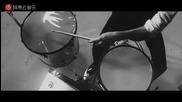 Khalil Fong(方大同) - Black White & Grey(黑白灰) {превод}