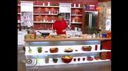 Лео готви паста с наденица и манатарки
