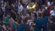 Юве отпразнува подобаващо титлата в Италия