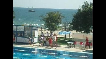 Награждаване на щафета момичета. Пск Черно Море Армеец са на 1 място