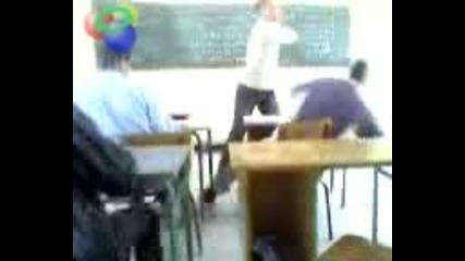 Не Ядосвайте Учителя С Големите Шамари!!!