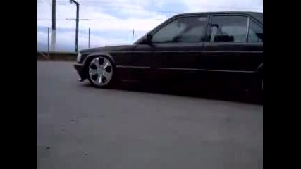 Mercedes W201 (190) With Airride