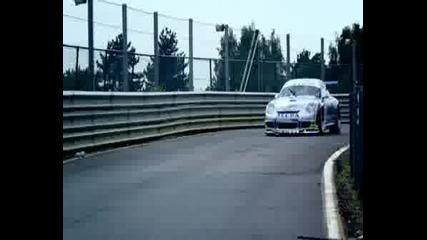 Top Gear - Aston Martin Dbrs9 Vs Porsche