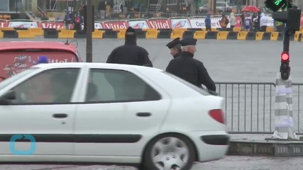 Tour De France -- Cops Vs. Car Shooting ... 2 Arrested