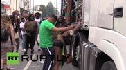 UK: Revellers celebrate Notting Hill Carnival in London, over 30 arrested