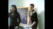 Италиански Ученици Опипват Учителка 2 Част
