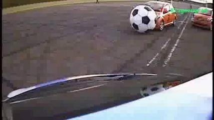 Футбол с коли