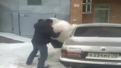 Руснаци с подарък за 8 ми март