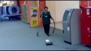 А иначе е много добра чистачка!