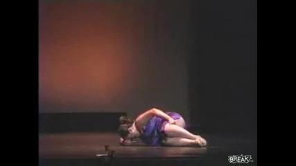 Най - сексапилната балерина - Смяхх