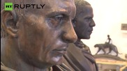 Artist Sculpts Busts of Putin and Obama as Roman Emperors