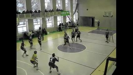 Луда волейболна забивка в Литва