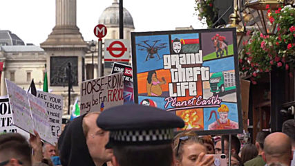 UK: 'Meat consumption is immoral' - animal rights activists march in London