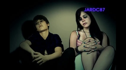 Превод! Justin Bieber - Down To Earth ( By Jardc87 )