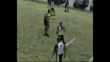 Steve Harris(iron Maiden) Играе Футбол