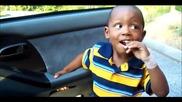 [смях] Деца ядът силно кисели бонбони