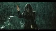 Laura Pausini - Entre Tu Y Mil Mares (video clip)