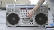 Тая песен цепи мрака!!! Eminem - Berzerk (audio) 2013 +превод Шейди е тук!!!
