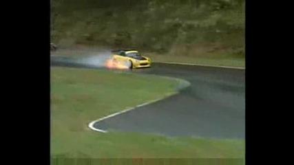 Honda S2000 on 10.000 rpm Blown engine...!!! :x