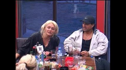 Big Brother F - Сашка я е срам от изпълненията на Павлин 13.04.2010