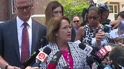 USA: Mayor urges families to contact authorities following Orlando shooting
