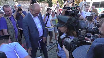 Czech Republic: Anti-Islam demonstrators rally outside Saudi embassy on 9/11 anniversary