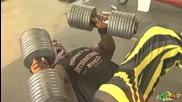 Изгледайте това видео преди да тренирате гърдите - Мотивация !
