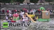 Белгия: Състезание със странни салове се проведе в река Маас