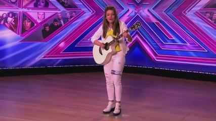 Момиче пее Cher Lloyd - I Want U Back - The X Factor Uk 2014