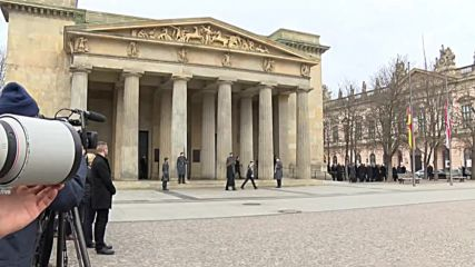 Germany: Merkel, Macron, Steinmeier mark People's Day of Mourning in Berlin