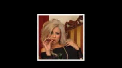 На Тези Снимки Андреа Изглежда Съвсем Обикновенно момиче , а не като от фотосесиите в Пайнер !!!!
