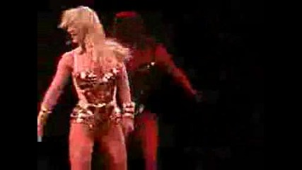 Britney Spears The Circus Tour Live New Orleans (im Slave 4 U) 2009.avi