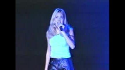 Mandy Moore - Candy (на Живо)