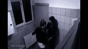 Пияно момиче бие момче заради секс