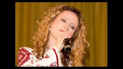 Деси Добрева - Македонско девойче